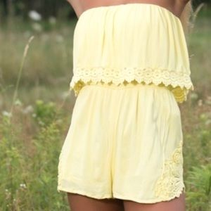 Forever 21 yellow lace crochet romper